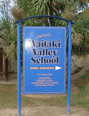 Waikaki School sign.